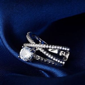 Exquisite Criss Cross Diamond Ring